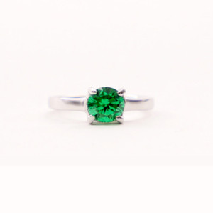 8RB142RD-Emerald-1